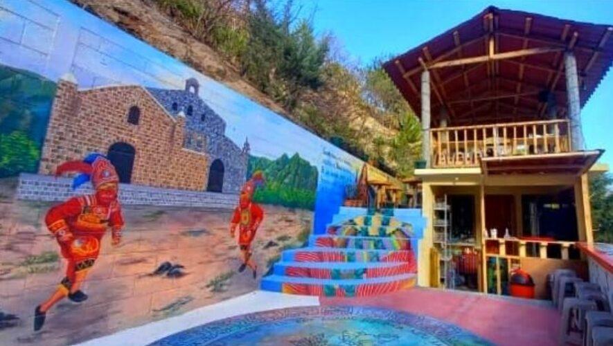 Rincón del Kaqak'axool Cultura y Sabor, el colorido restaurante en San Juan La Laguna