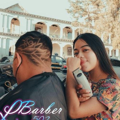 lady barber quetzaltenango guatemalteca guatemala telemundo barbera