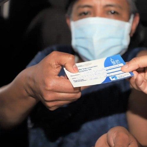 Centro de vacunación de la USAC estará abierto fin de semana