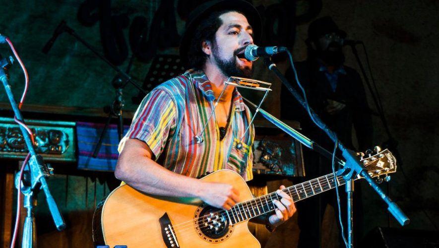 Domingo Lemus triunfa en Estados Unidos llevando la cultura guatemalteca en su música