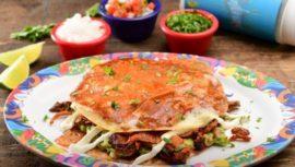 El restaurante de comida mexicana, El Pinche abre sus puertas en su nueva ubicación de la Ciudad Guatemala