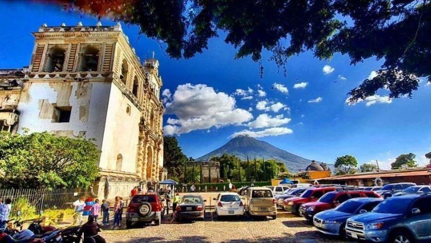 Recorrido a pie por la Antigua Guatemala   Junio - Agosto 2021