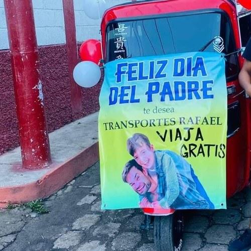 Tuctuqueros de Cuilapa dieron pasajes gratis a papás guatemaltecos en su día