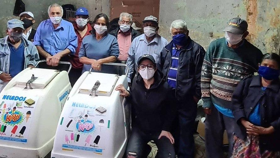 Anuncian rifa a beneficio de los Abuelitos Heladeros en Guatemala, octubre 2021