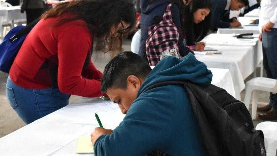 Feria virtual para jovenes guatemaltecos
