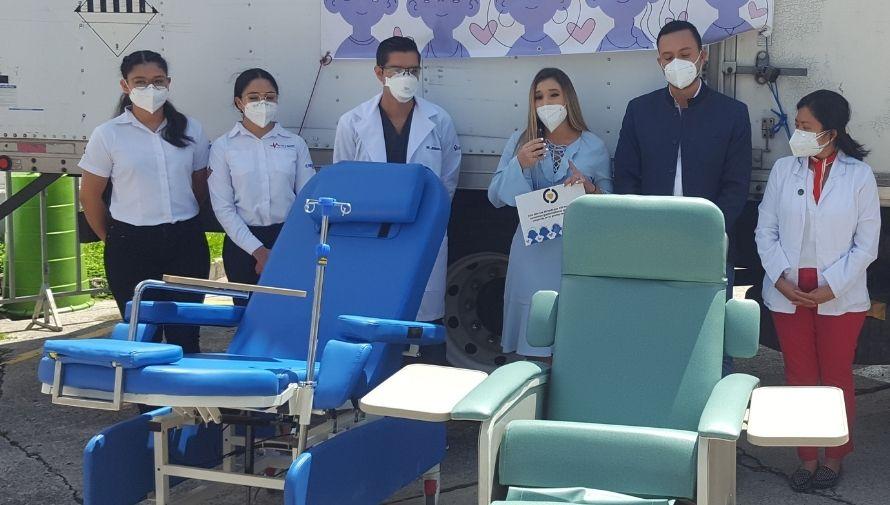 Iniciativa Ayudemos todos juntos donó sillas médicas al Hospital del Parque de la Industria