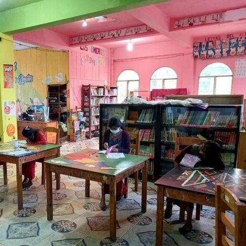 biblioteca ixil