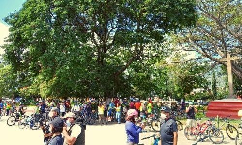 ciclistas biciruta 502 antigua guatemala