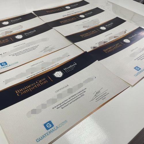 diplomas de becas Guatemala.com MBA