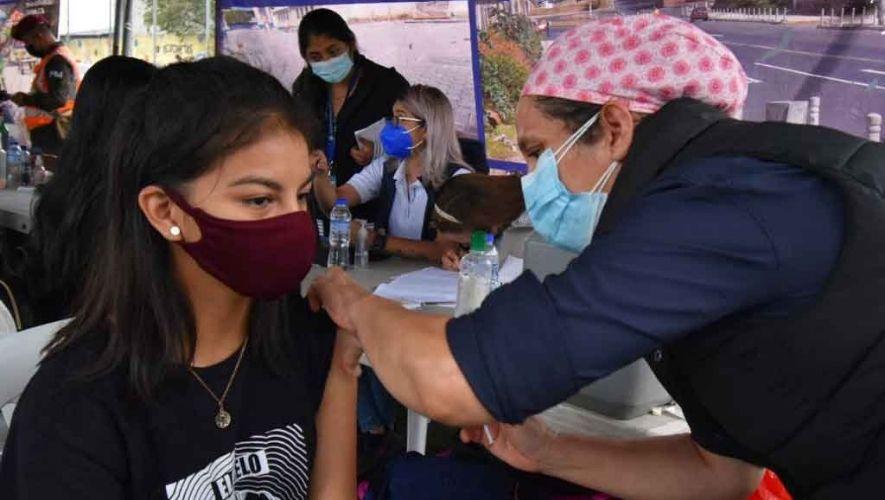 Jornada de vacunación de segunda dosis de vacuna Moderna en Villa Nueva | Octubre 2021