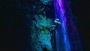 Descenso en rappel y australiano en la Finca El Barretal, Escuintla | 2021