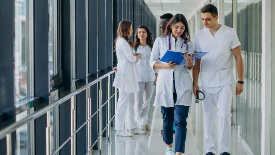 Kiosco de empleo de Blue Medical en Ciudad de Guatemala   Octubre 2021